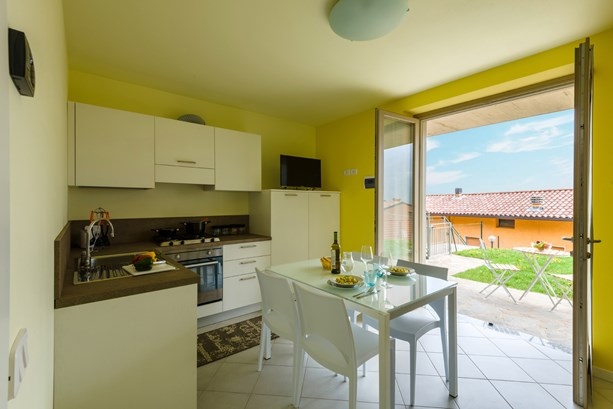 IseoLake Vacation Rentals Apartment, Sussurro di Corrente in Fonteno